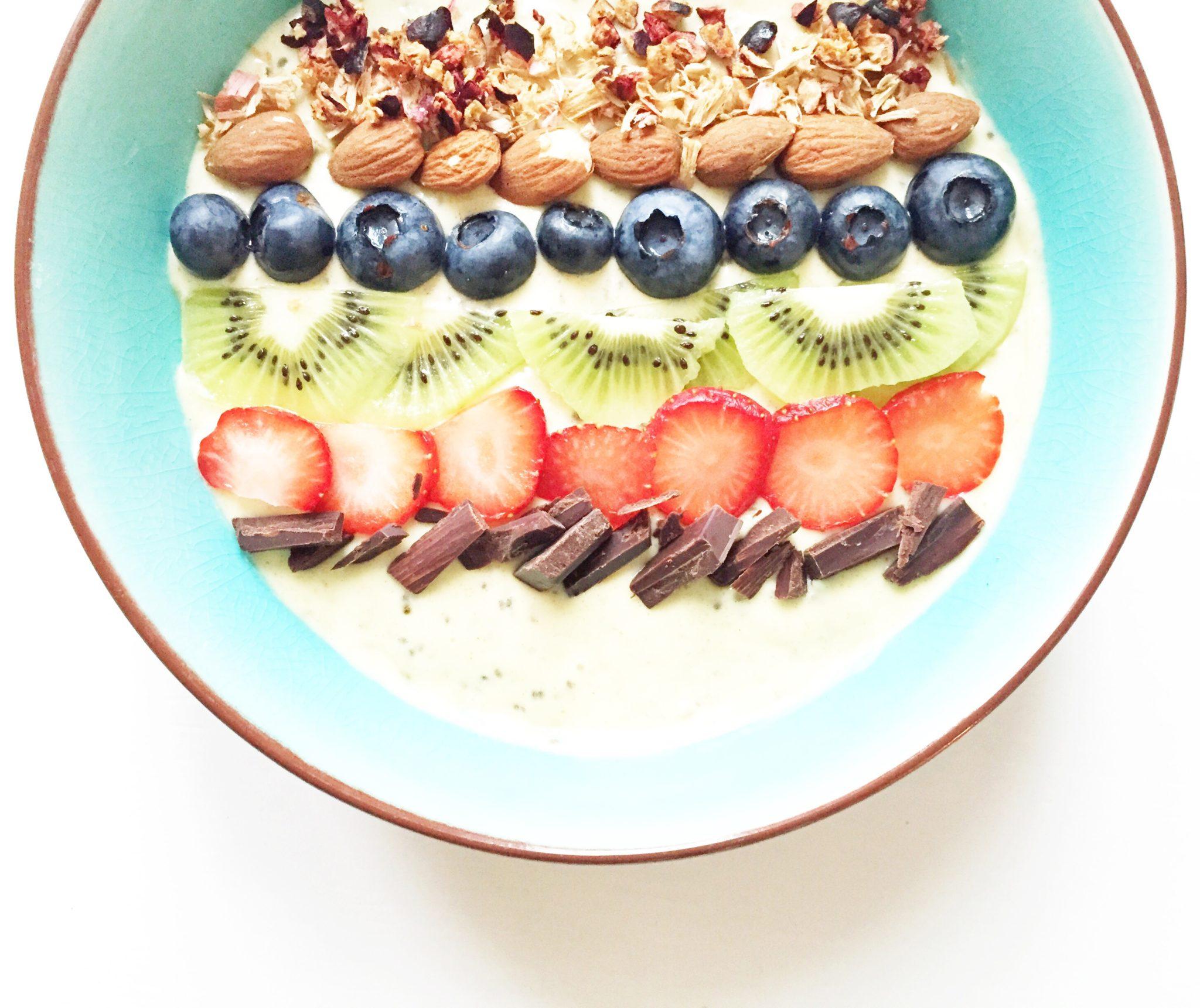 kokos smoothie bowl