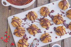 Sunde kokostoppe med chokoladestykker