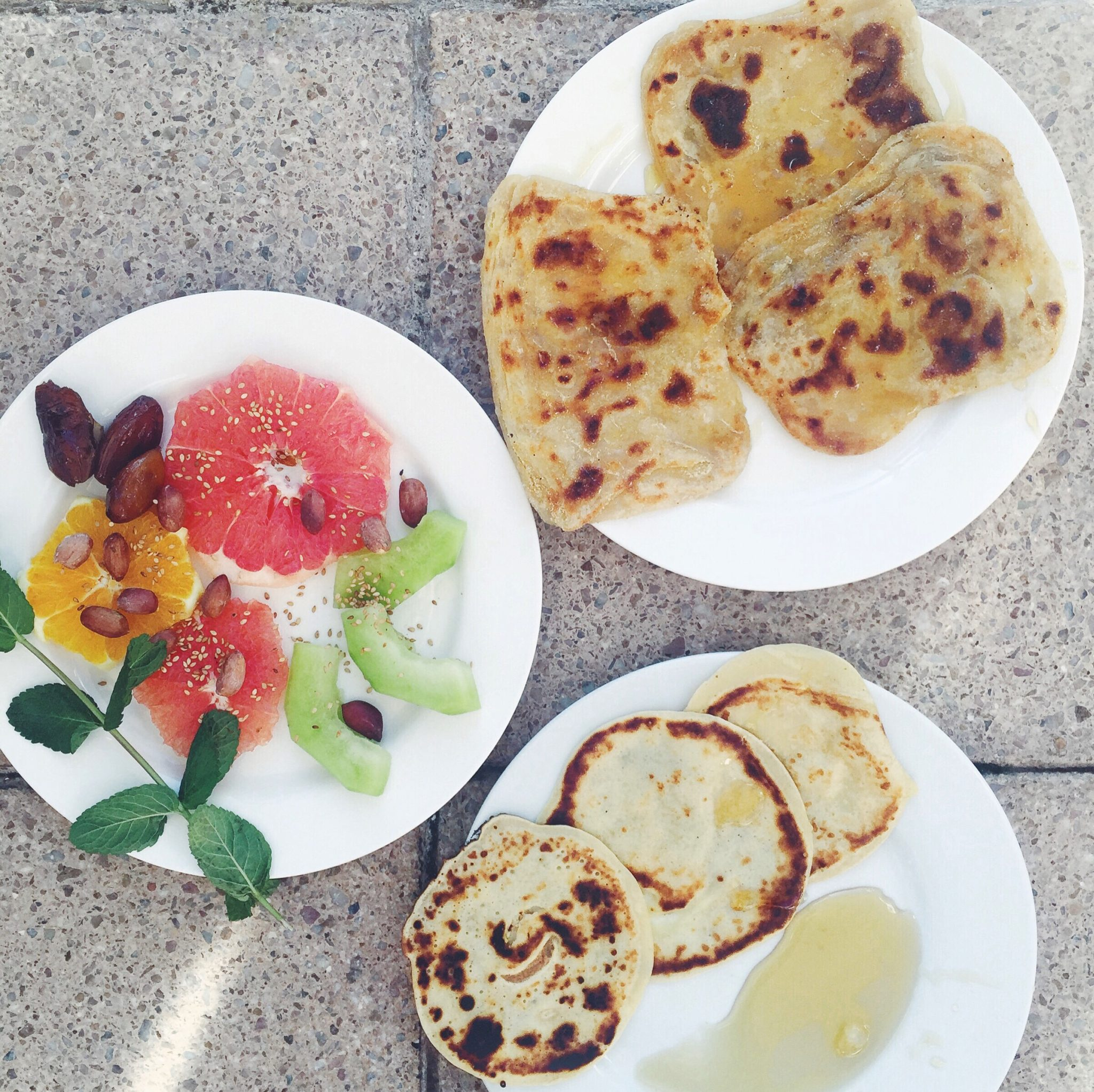 Marokkanske pandekager. Msemen. Det skal du spise i Marokko.