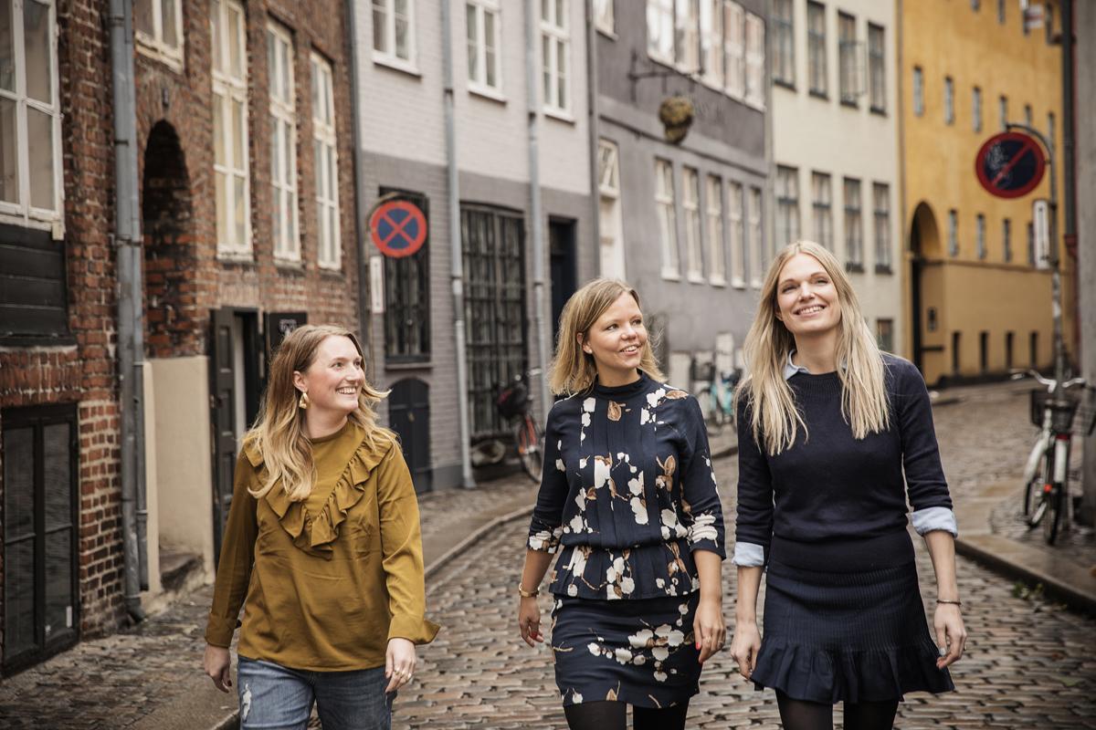Tre bloggere på Magstræde, København