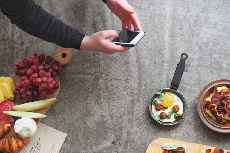 Er livet på Instagram det samme som i virkeligheden. Foodstyling og hvorfor tager du billeder af maden?