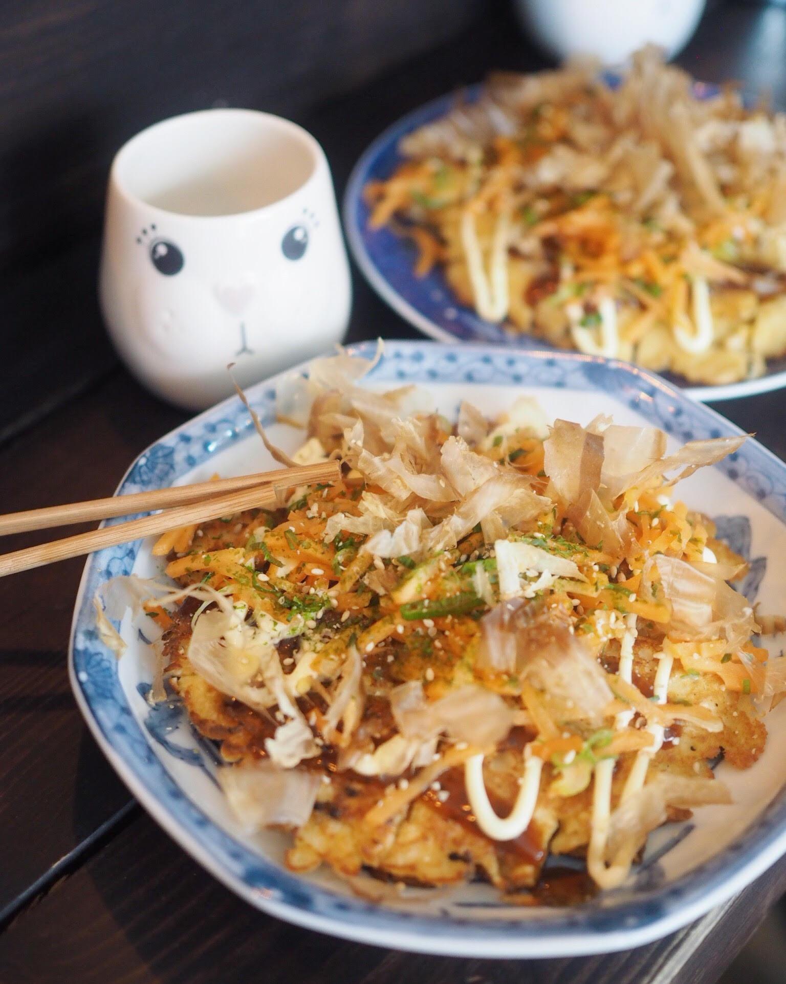 okonomiyaki med shiitake på Kuma Cph