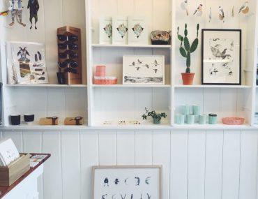 GunGun, Strædet København. Interiør og design / tøj produceret lokalt. Dansk design, håndlavet. Hvor skal man shoppe i København. Fine billeder, planter og smykker.