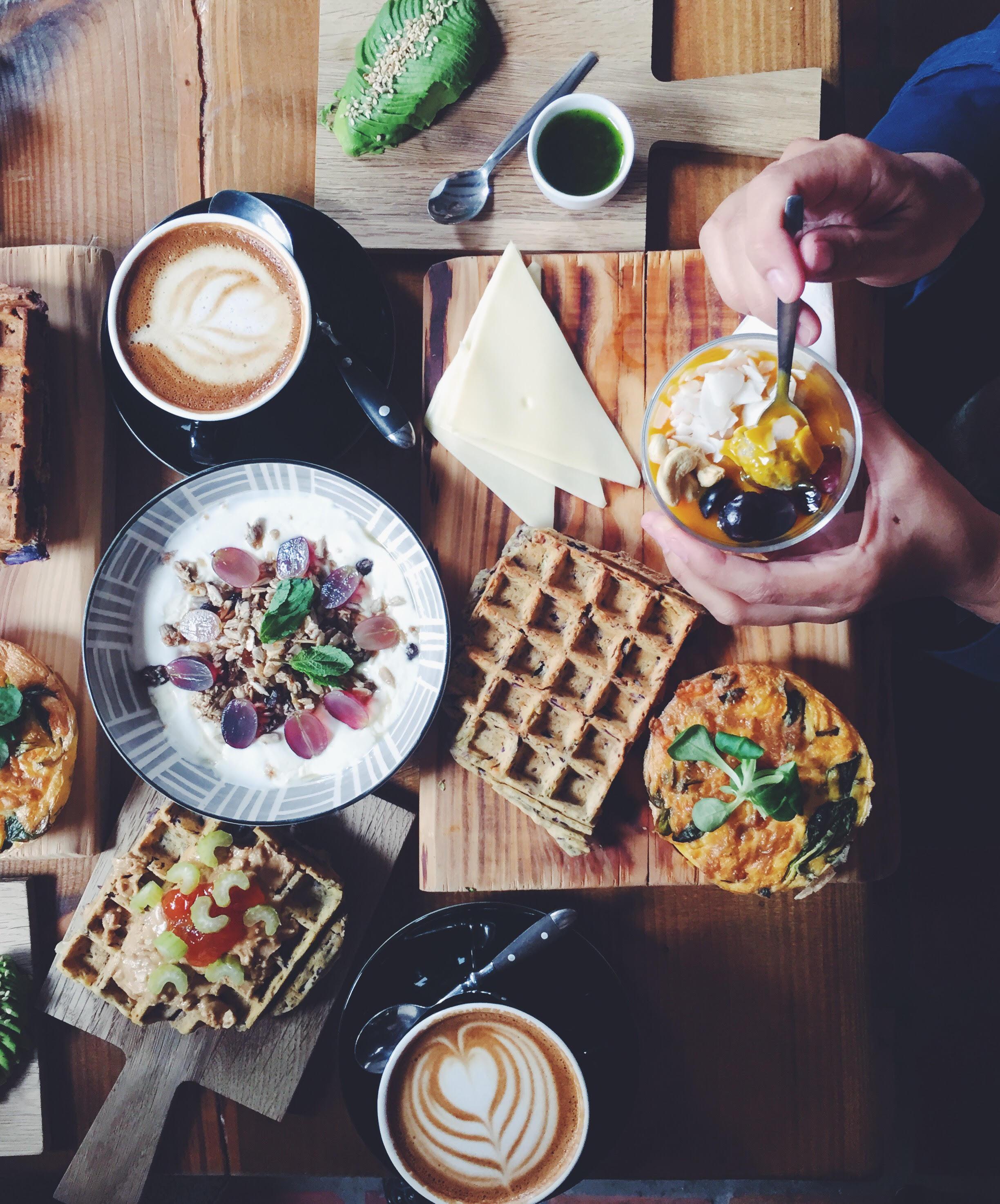 Social Coffee ved Søerne i København. Vafler, ost og kaffe. Perfekt sund og glutenfri morgenmad