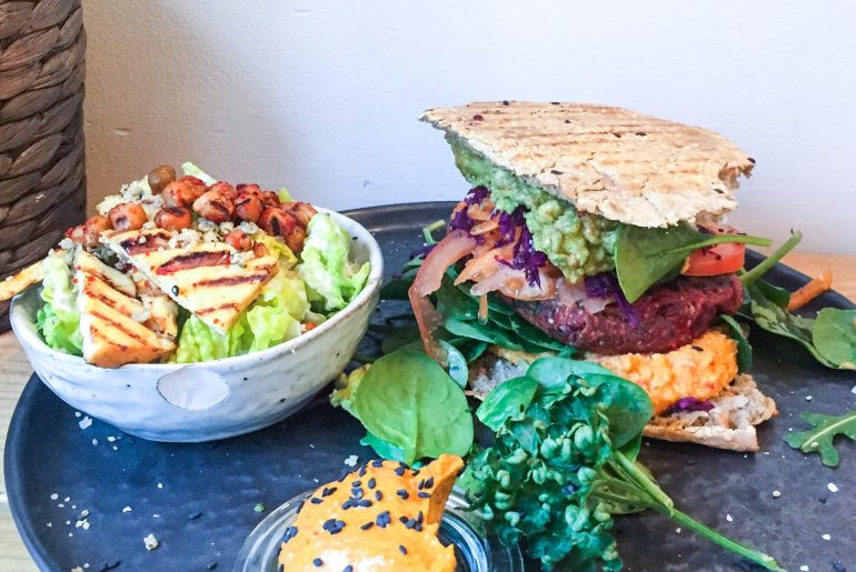 Burger hos Hope Bar, København. Vegansk og lækkert