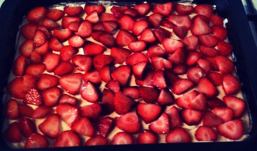 jordbærkage opskrift