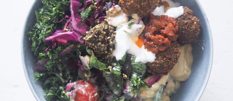 falafel og salat hos nye Nordisk Falafel på ØSterbro