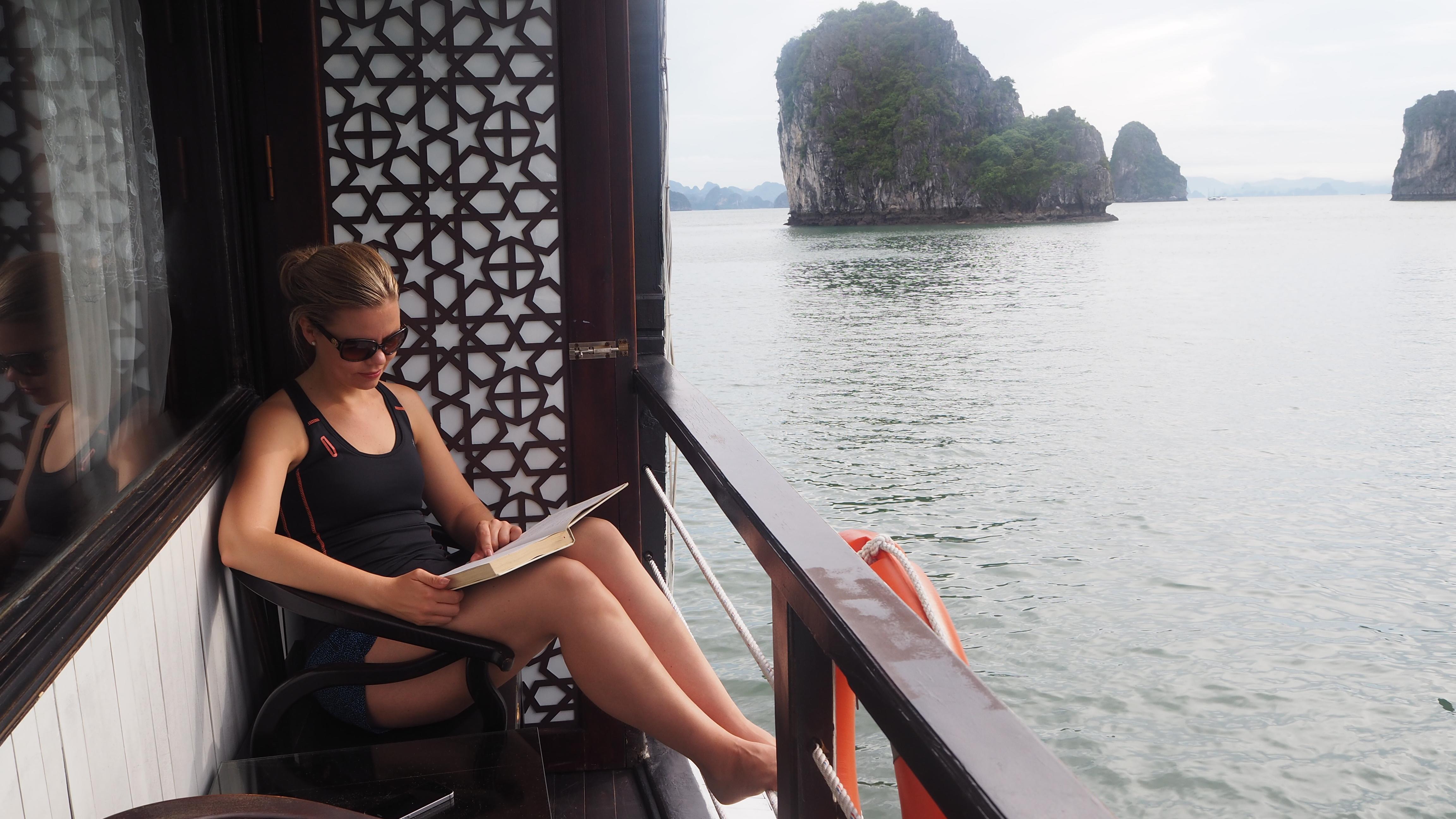 altan med kahyt ved Halong Bay