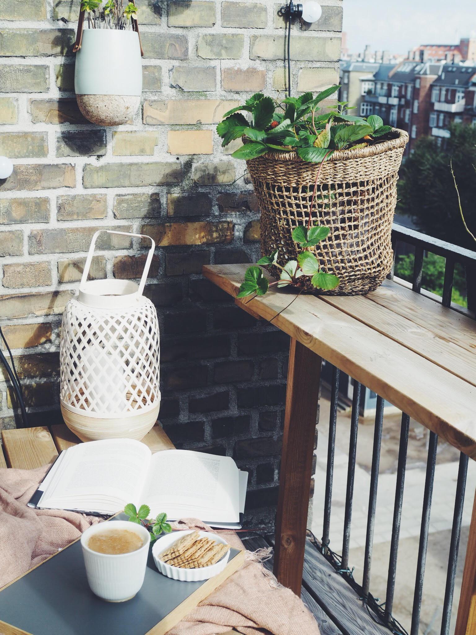 kaffe på altanen i København