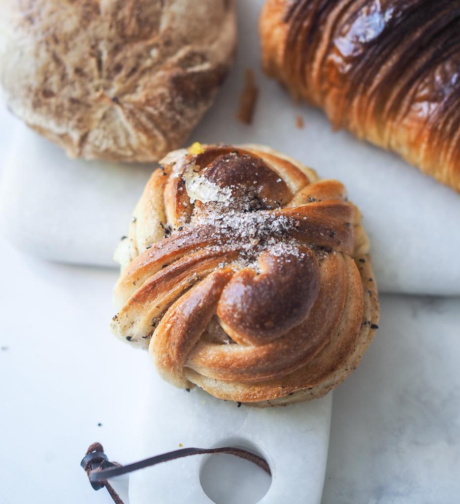 Kardemommebolle fra Juno The Bakery