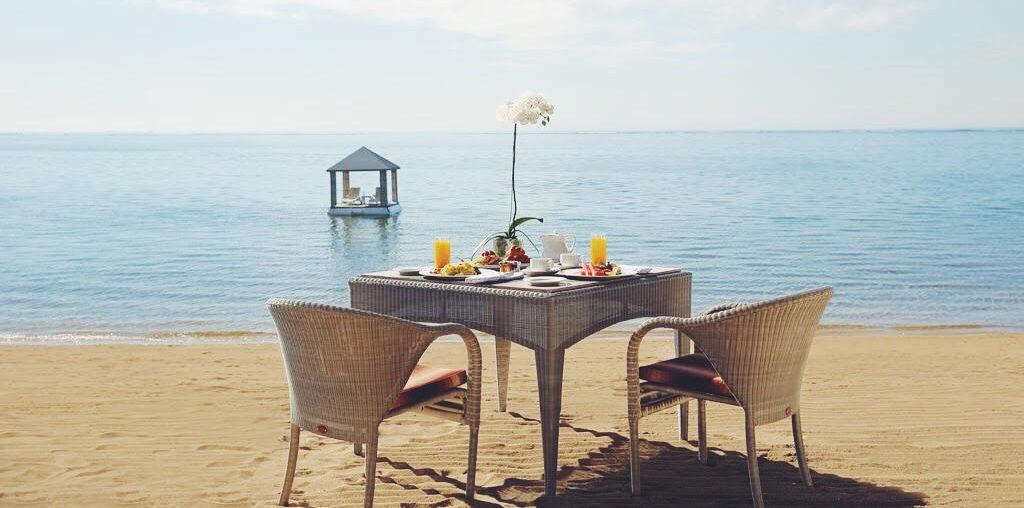 samur Bali - morgenmad på stranden