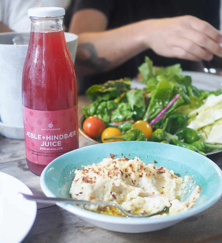Juice og salat og Aarstiderne