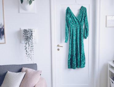 Grøn sommerkjole og shopping