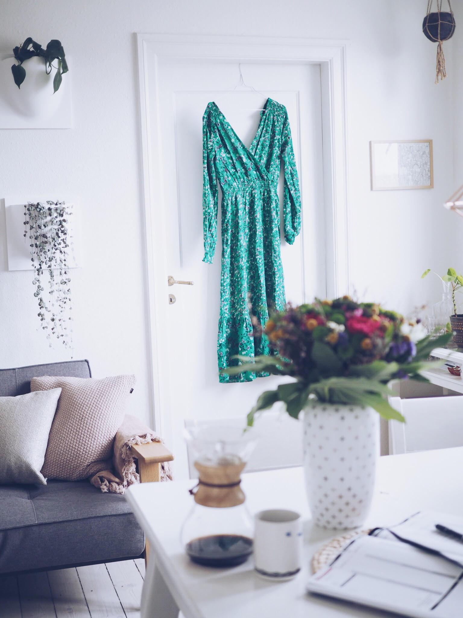 Blomstret kjole, grøn sommerkjole - mindre shopping