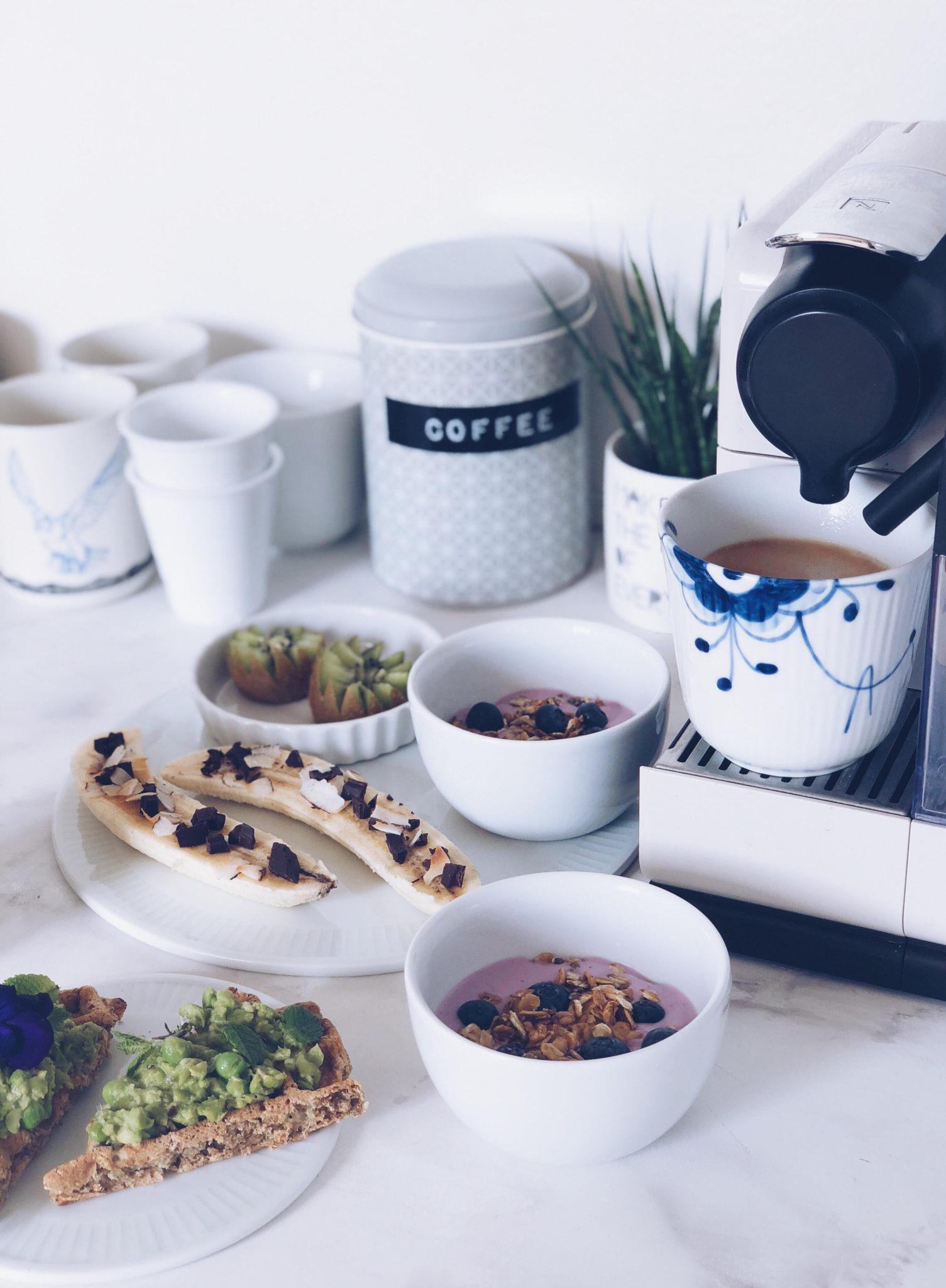 kaffe til morgenmad og tanker om livet