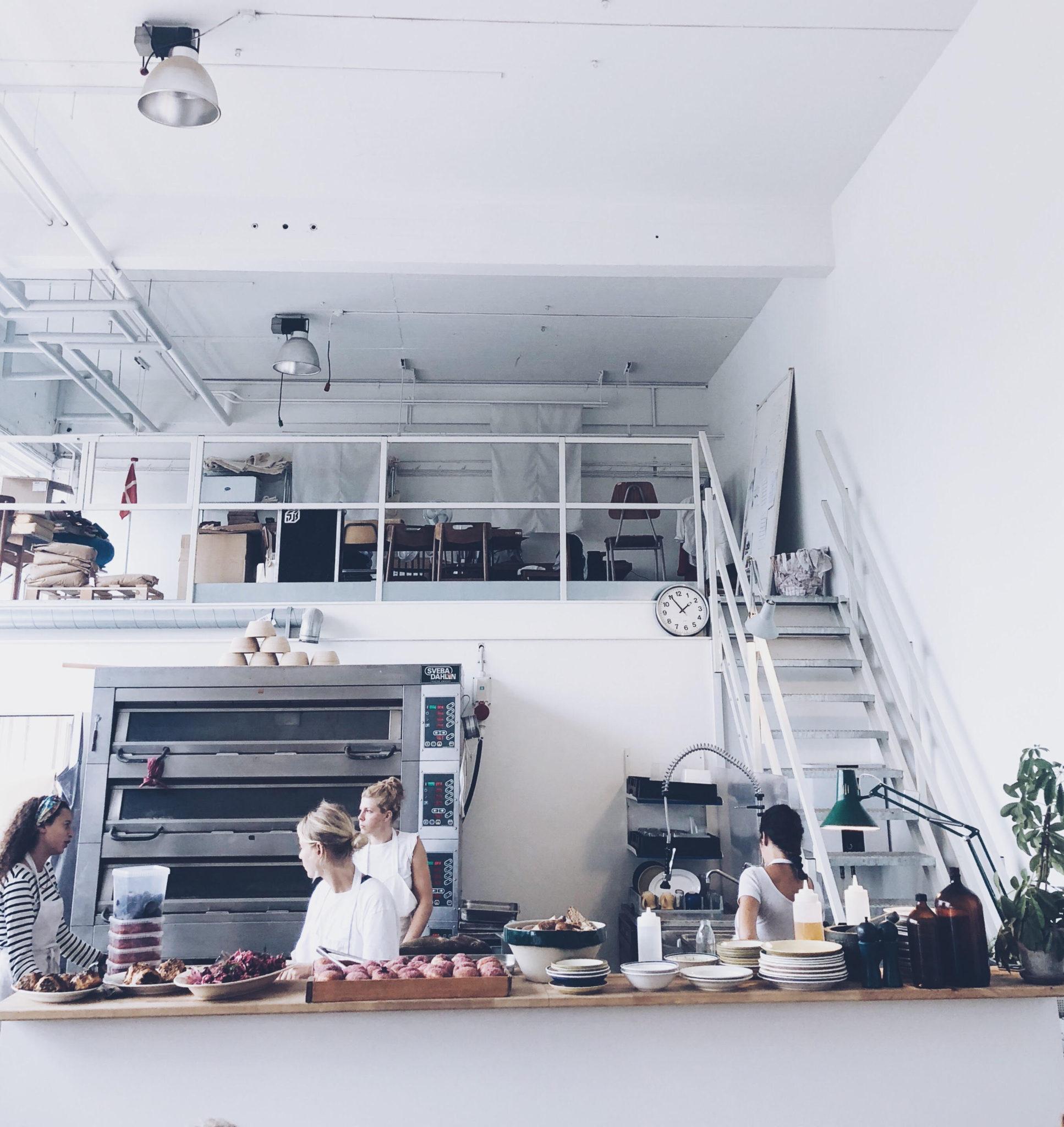 indretning på Lille Bakery