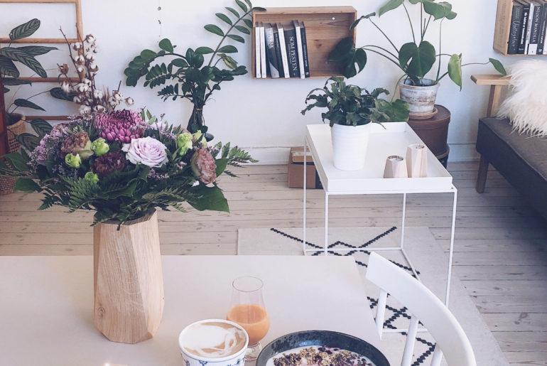 hjemmekontor og heldal designs olielamper og vase