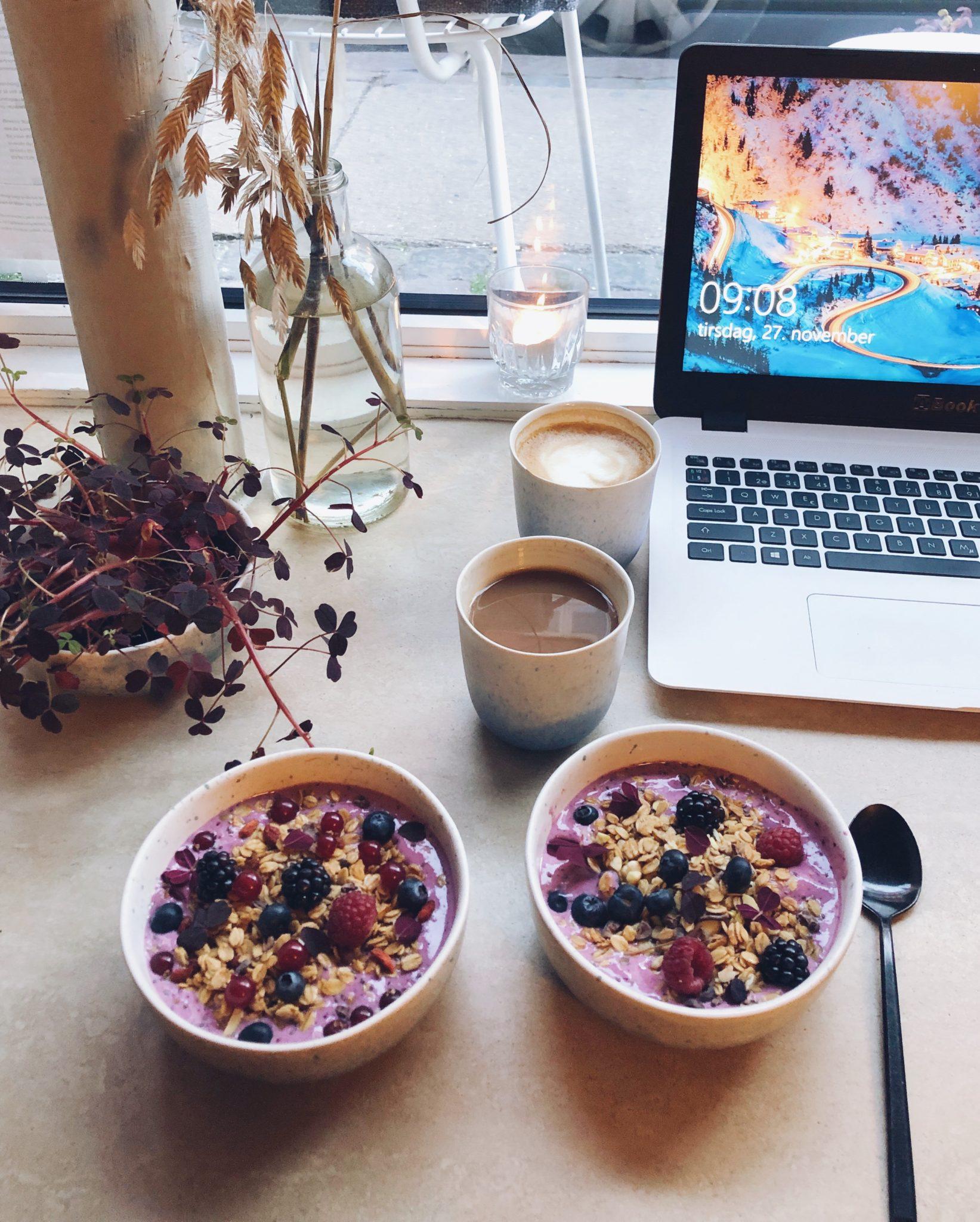Acai bowl og sund vegansk morgenmad i København