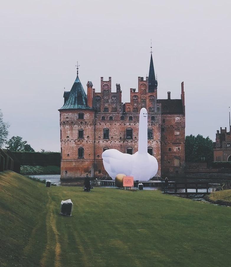 Egeskov slot og svanen